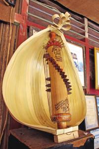 alat-musik-sasando-khas-indonesia