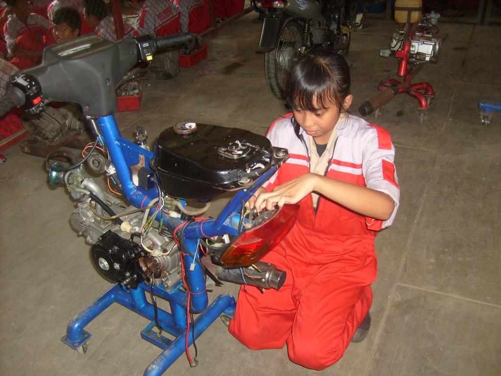 4 Tempat Kursus Mekanik Sepeda Motor di Indonesia