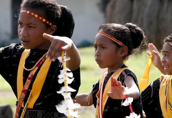 4 Tips Agar Anak Mau Belajar Tarian Tradisional
