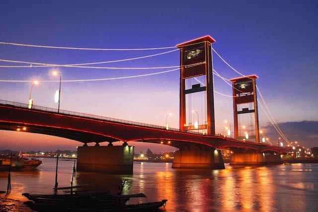 Jembatan-Ampera-Palembang