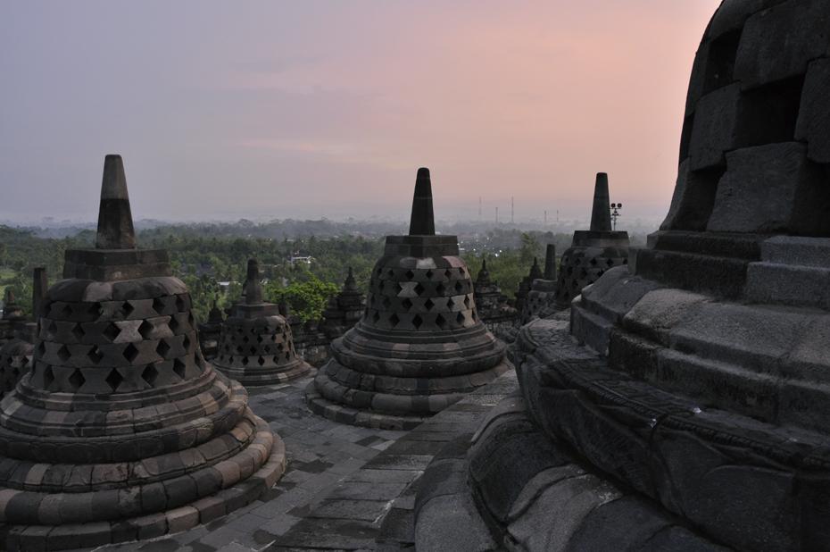 Sunrise di Candi Borobudur (sumber)