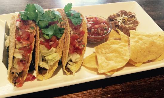 Tacos dan Nachos