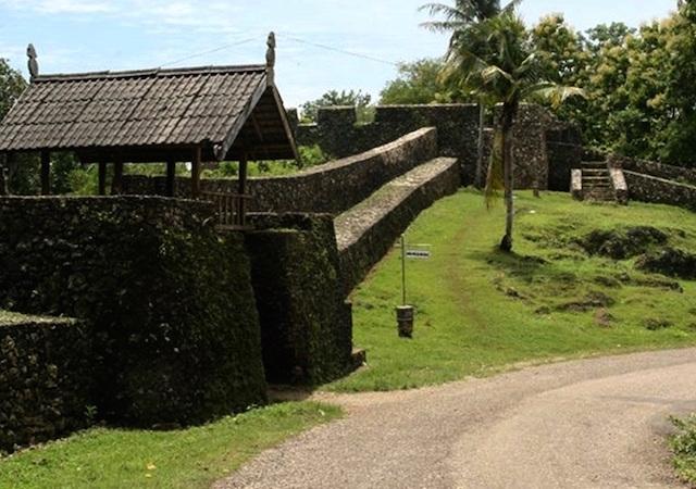 Benteng Istana Buton, Sulawesi Tenggara (sumber)