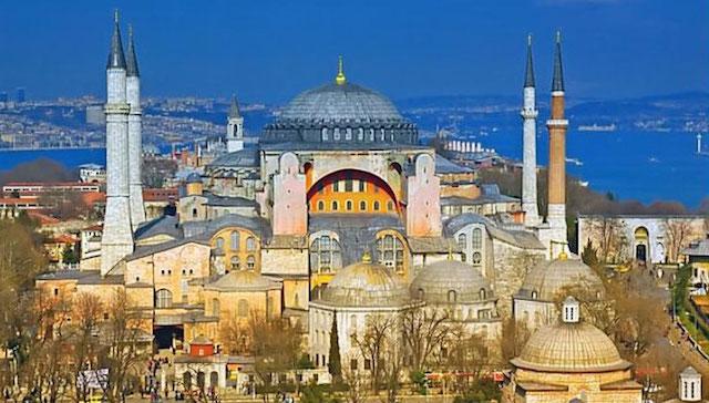 Hagia Sophia, Istanbul, Turki (sumber)