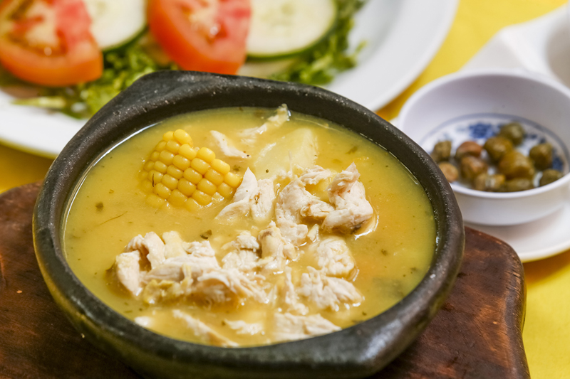 24 marzo 2015. Restaurante Mi Parrilla colombiana, Paseo Colón, San José. Fotos del plato tradicional colombiana Ajiaco. FOTO: Jorge ARCE / LN.